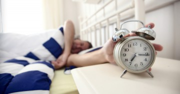 5 Reasons to Get Out of Bed Early and Stop Hitting the Snooze Button