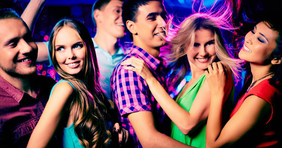 Dancefloor Game: How to Approach Any Girl