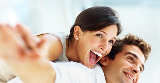 smiling-couple-540x280