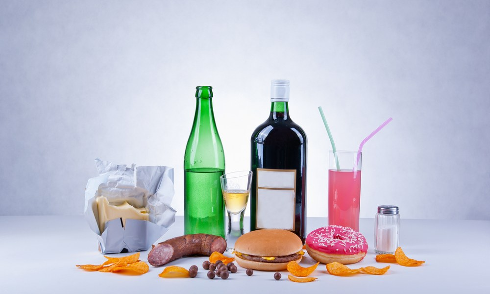 Processed and Junk Foods Destroy Your Health in 6 Devastating Ways